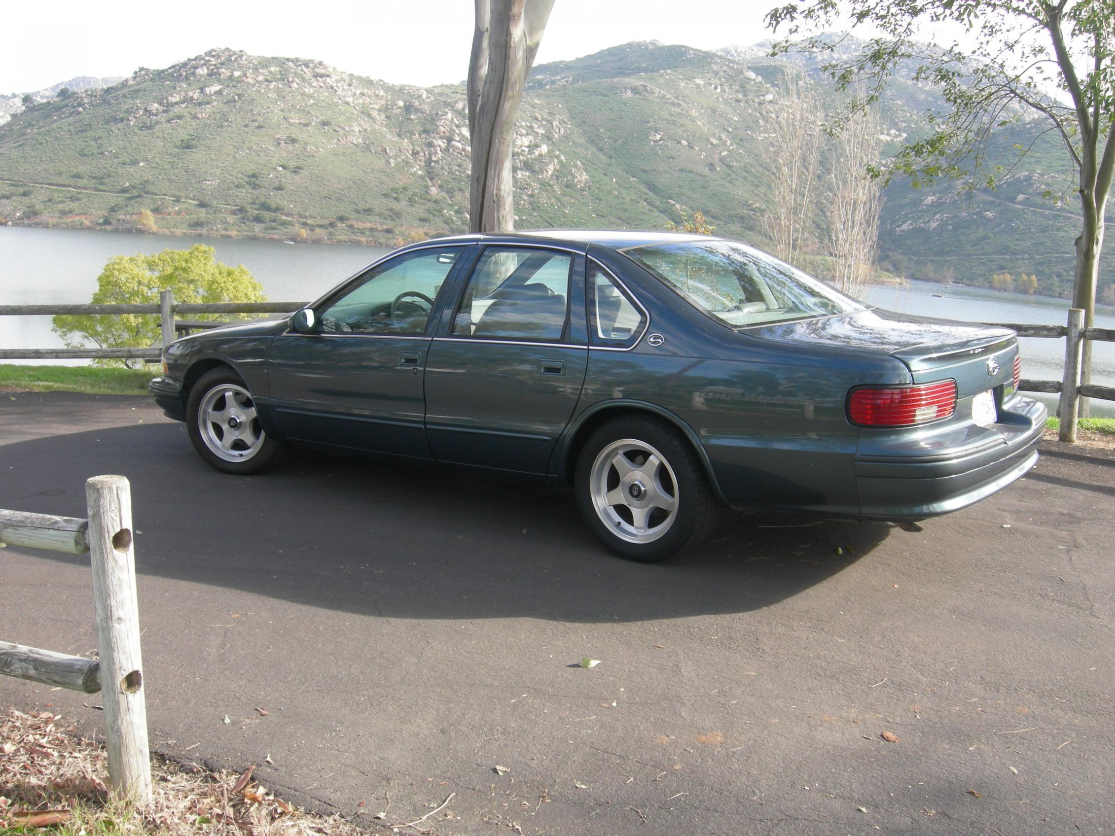 Low Mileage 1996 Impala SS for sale in San Diego-dscn1803.jpg