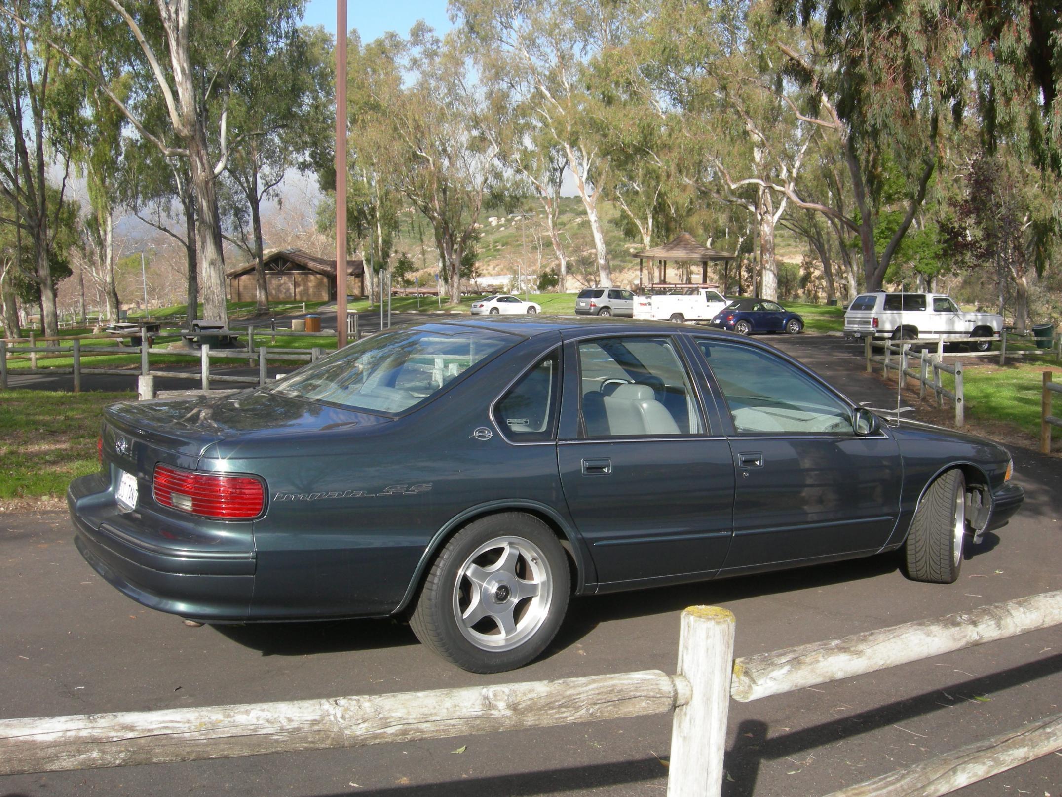 Low Mileage 1996 Impala SS for sale in San Diego-dscn1807.jpg