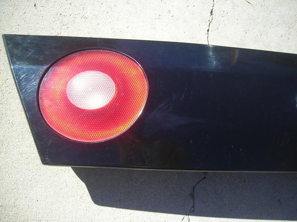 Impala Tail Light Trunk Center Body Color Black Amp Silver