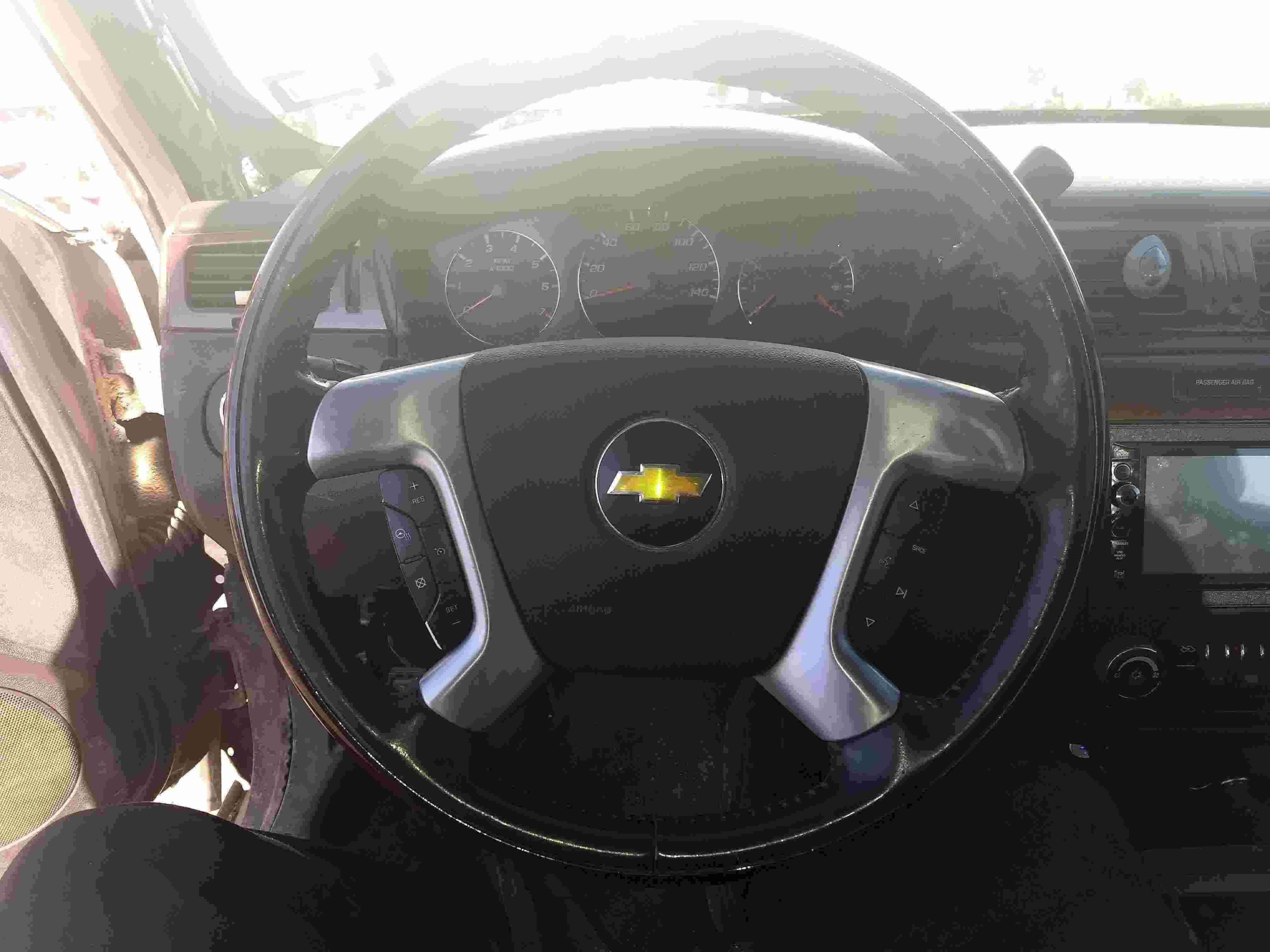 Escalade steering wheel-img_20191010_181209777_1570749662401.jpg